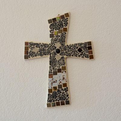 Glasmosaik-Kreuze