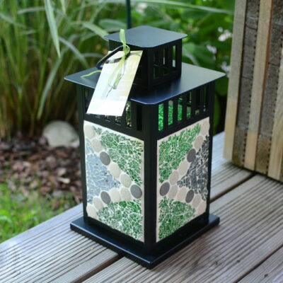 Mosaik Laterne schwarz graumix grün